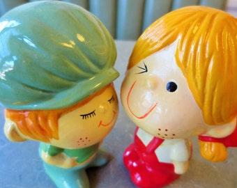 Vintage Boy and Girl, 1970s Figurines, Kitschy, Salt and Pepper, Kawaii, Zakka Figurines, Home Decor, Red Overalls, Boy Figure, Girl Figure