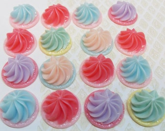 6x Cute Whirl Resin Cabochons  .. Fake Food