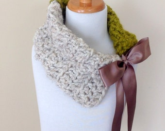 Girls Crochet Cowl, Chunky Wool Cowl, Wheat and Lemongrass Scarf, Easter, Ready to Ship!!!