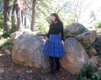vintage plaid  Edinburgh Wool pleated skirt bright blue CUTE