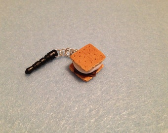 S'more phone charm / dust plug