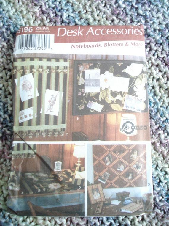 Https Www Etsy Com Listing 224782468 Simplicity Home Decorating 5196 Desk