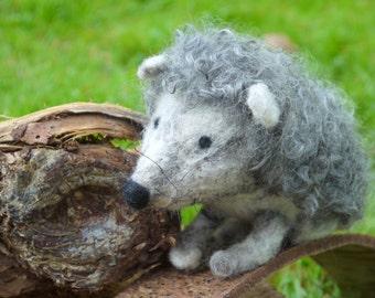 needle felted hedgehog. Felt hedgehog, needlefelted animal. Soft sculpture hedgehog. Woodland felted animal. felted hedgehog waldorf.