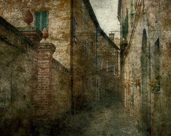 An Alley at Tuscany; Fine Art Photography - Italy, photo art, Tuscany, alley, lane, Tuscany art, Tuscany photography, Italy Photography