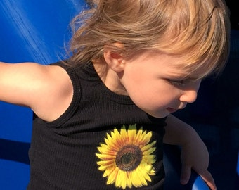 Snappie Designs Vibrant Sunflower Tank Top