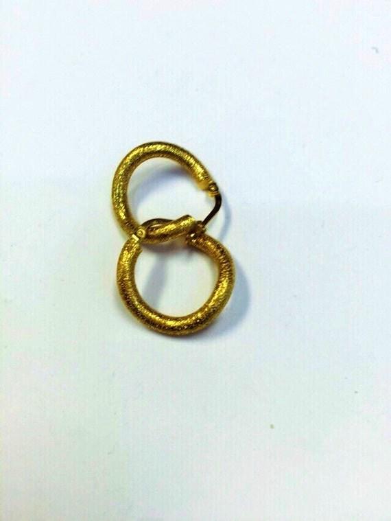 womens 14 kt yellow gold hoop earrings