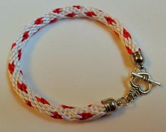 Kumihimo bracelet heart design
