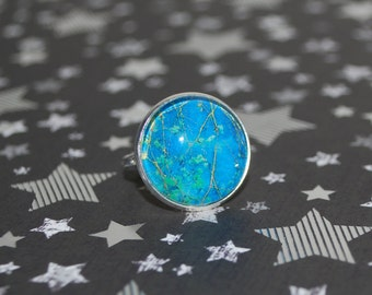 Adjustable ring in the colours of nature