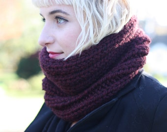 Wool Blend Chunky Knit Scarf | The Mira Mhór Cowl in Mulberry