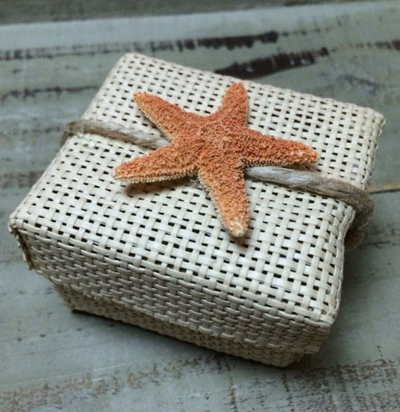 18 Starfish Favor Boxes For Beach Wedding