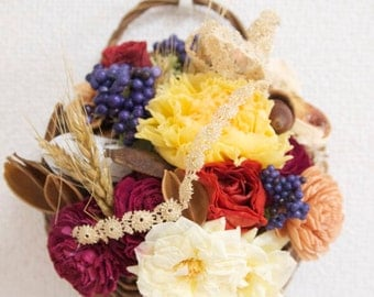Preserved / Wall floral basket