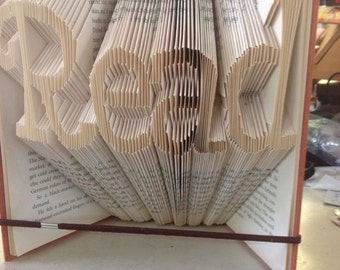 Read Fancy font - Book folding PATTERN