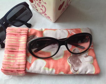 WIDE Sunglasses Case, ROOMY Eyeglass Case, Glasses Case, Thickly Padded, Hidden Magnetic Snap for Security
