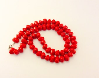 Vintage Red Rock Style Plastic Beaded Necklace, Red Jewelry Must Have, Gift for Her