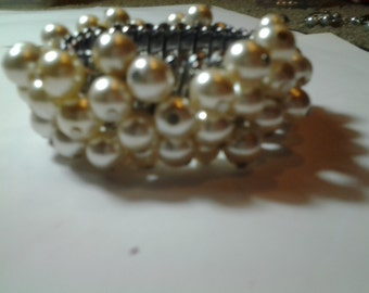 Pearls Galore Stretchy Bracelet
