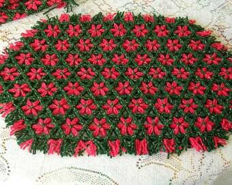 Christmas Placemats - Christmas Decor - Hand Loomed Placemats - Lap Loomed Placemats - Red Green Christmas Decor