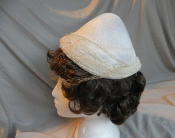 1950's Unusual Ivory Dress Cone Hat with Lace Brim