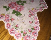 Vintage Floral Hankie, Floral Print Hankie, Vintage Hankie, Vintage Handkerchief, Hankie, Vintage Accessory, Vintage Floral Print Accessory