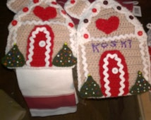 crochet Gingerbread house towel holder and hotpad