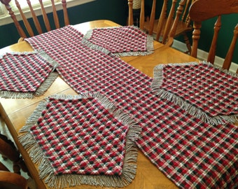 Quilted Christmas Plaid table runner with 4 place mats