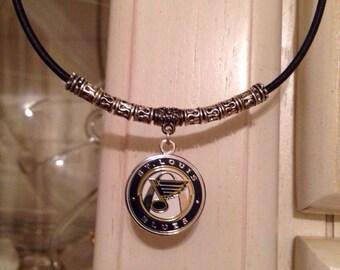 Mens St. Louis Blues Charm necklace.