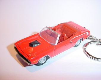 3D 1971 Plymouth Barracuda custom keychain by Brian Thornton keyring key chain finished in red color trim diecast metal body hood opens