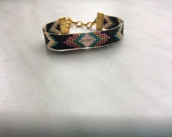 Bracelet with Miyuki beads.