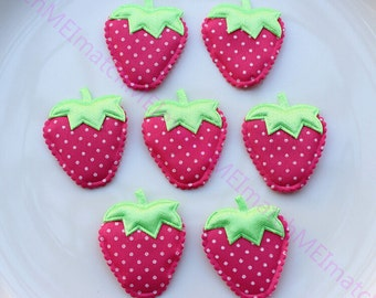 50 pcs Strawberry Fabric Cartoon Polka dot Padded Hot Pink Strawberry Appliques with Flower 42*35mm Garment Patches FZ0132