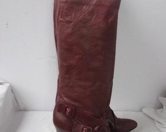 sz 8 burgundy color italian leather high heel boots ARRON DAVIN