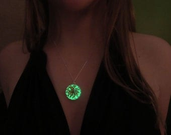 Real flower/ silver  round necklace/ glow in the dark