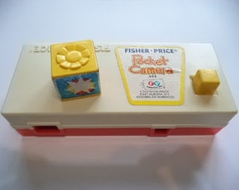 Vintage 1974 Fisher Price #464 Pocket Camera : A day at the zoo