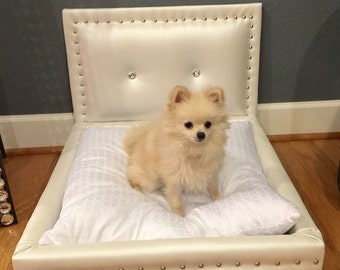 Dog Bed, Pearl White