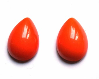 Orange oval smoothglass cabochon 13x18 mm
