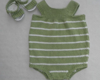 a set of romper and baby sandals made of cotton - size 3 months