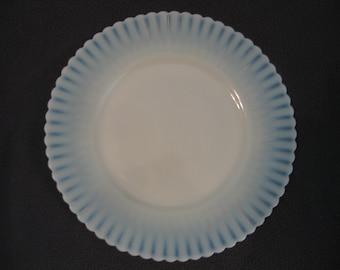 "Petalware Creamy Beige Milk Glass Dinner Plate 9"" Cremax"