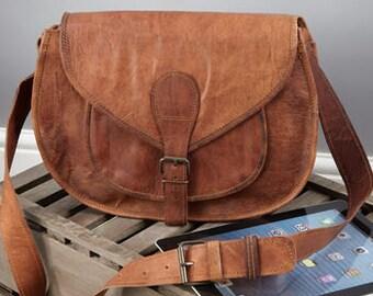 Vintage Style Leather Saddle Bag - Size: Large By Vida Vida