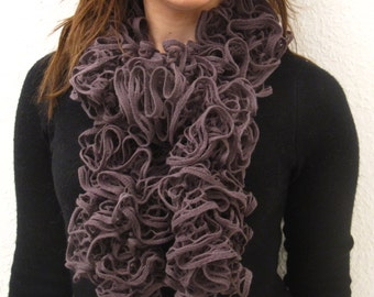 Adorable purple scarf for all occasions! EGST