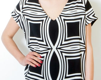 Black And White Printed Blouse Short Sleeve Loose blouse Maternity Oversized Summer top Plus size casual clothing