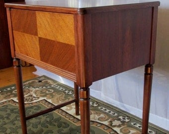 Repurposed and Refinished 1959 Lamp, Entry, Hall, Table