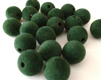 20 dark green velvet beads, supplies,beads, 10mm beads