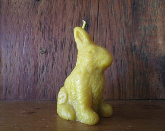 100 percent beeswax rabbit candle