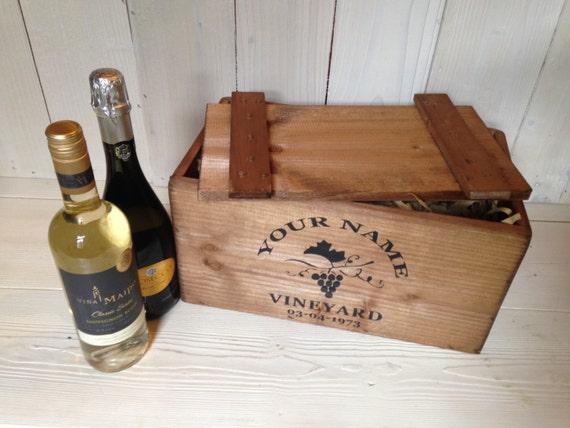 bo te personnalis e caisse vin rustique en bois avec. Black Bedroom Furniture Sets. Home Design Ideas