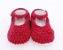 Crochet mary janes red and white. Nanas Shoes model