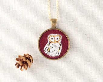 Owl Necklace - Owl Jewelry - Barn Owl - Embroidered Fiber Necklace - Animal Portrait - Circle Pendant - Woodland Jewelry - Burgundy