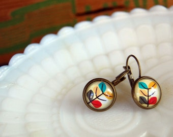 mod floral leverback dangle earrings- aged brass- retro modern flowers