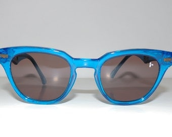 1990s Deadstock Levi I's UV Sunglasses