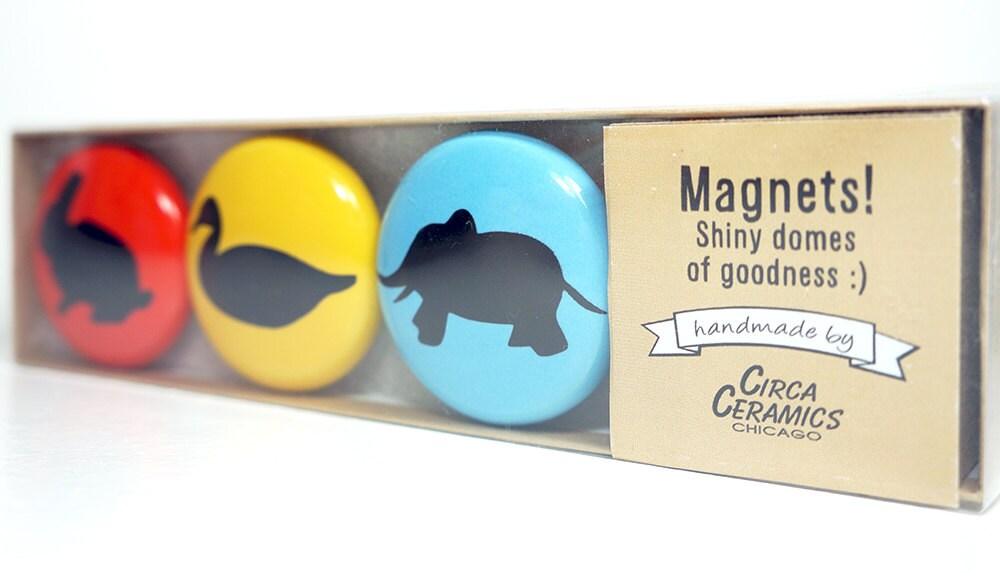 magnet set of animalia. (3pk)