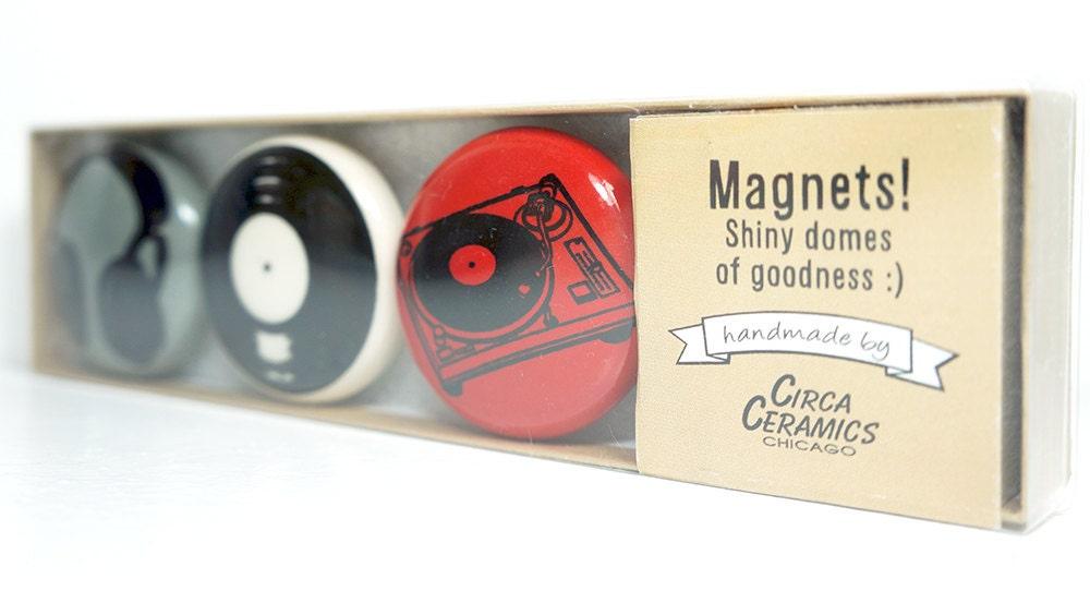 magnet set for a DJ. (3pk)
