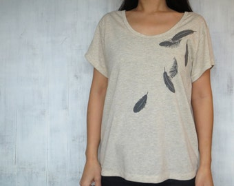 Womens tshirt with Falling Feathers - Screen Printed - Eco Heather Natural