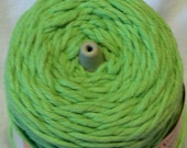 Peaches & Creme 1lb Cone - Double Worsted Weight - 8 ply yarn - Apple Green
